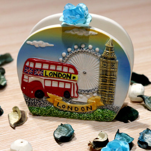 Ceramic_London_Souvenir_Napkin_Holder_EW0002