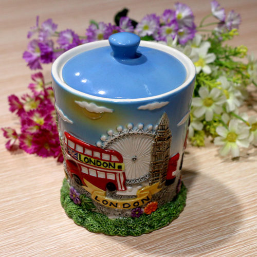 England_Ceramic_Painting_3D_Jar_EW0005