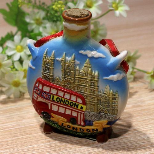 Wholesale_London_Souvenir Gifts_Ceramic_Wine_Bottle EW0003